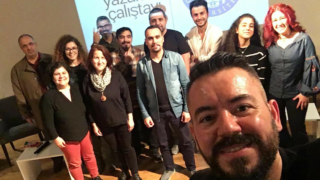 Üçüncü Blog Yazarları Çalıştayı - Gelecek Blogda Oturumu Sonu Öz Çekimi